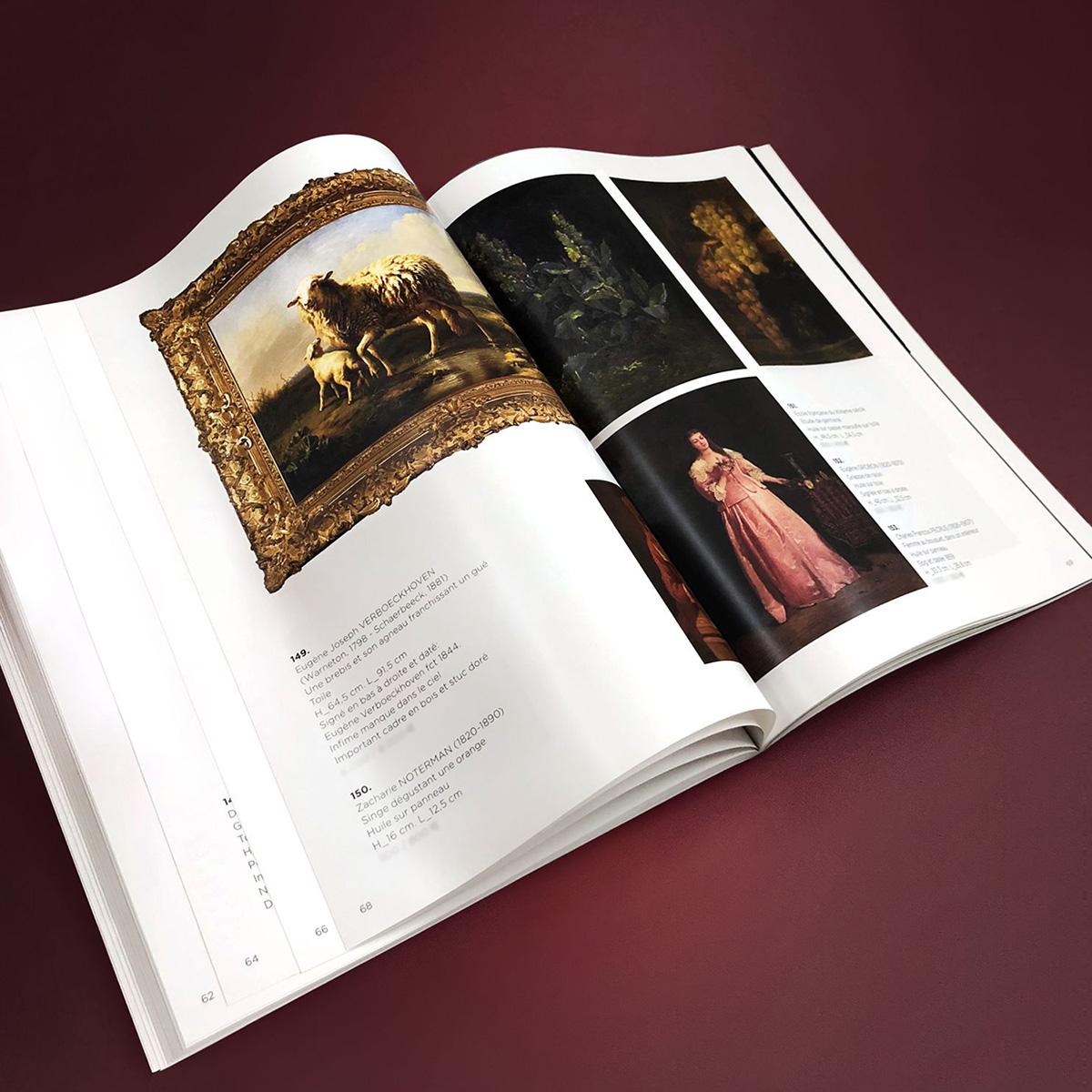 catalogue de galerie avec les oeuvres d'art